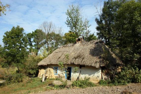 Экодом своими руками: дом из соломы