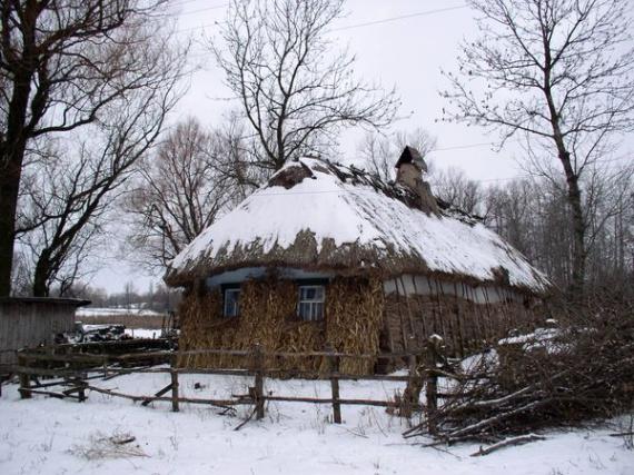 Экодом своими руками: дом под соломой